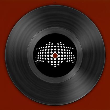 http://www.molella.com/wp-content/uploads/2013/08/Discotek-People-retro-420x420.jpg